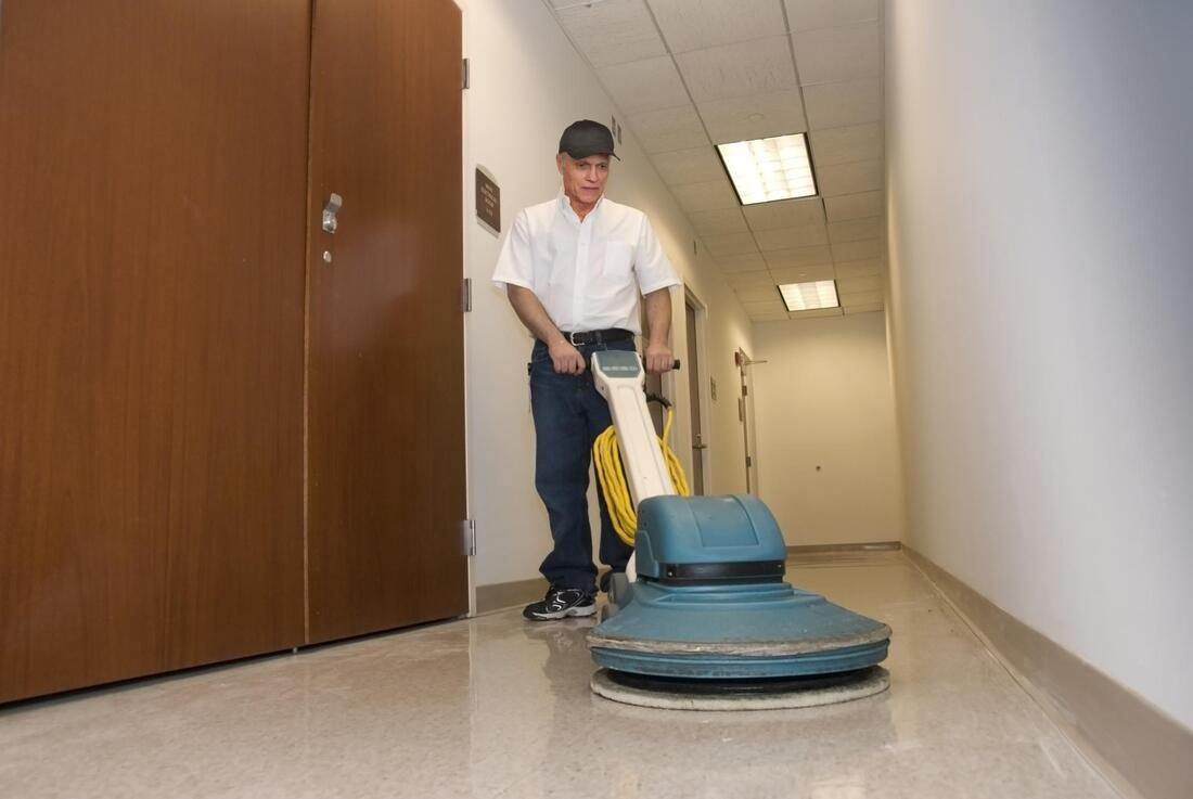 commercial cleaning company cleaner